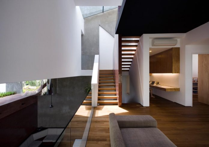 maximum-garden-house-located-singapore-designed-formwerkz-architects-08