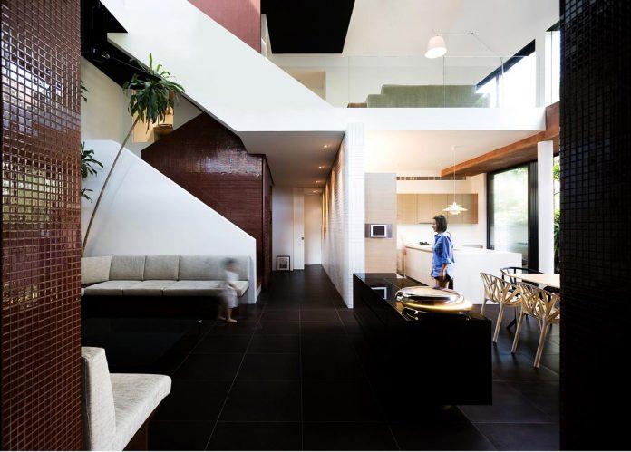 maximum-garden-house-located-singapore-designed-formwerkz-architects-09