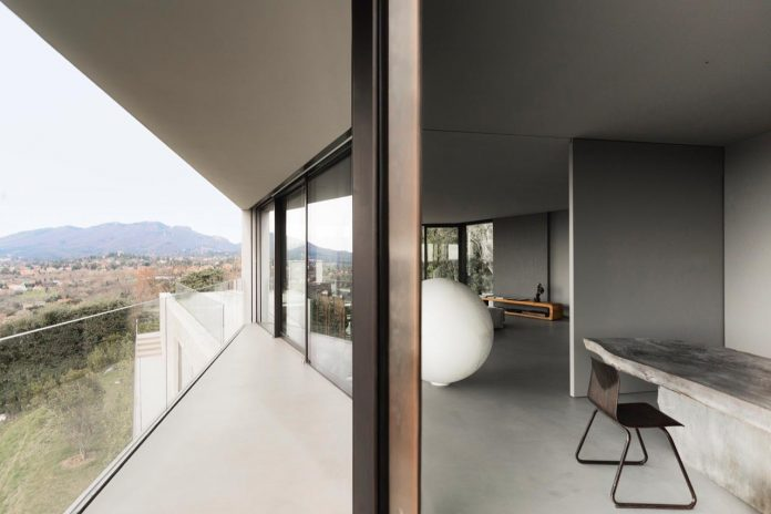 minimalist-home-located-high-hillside-residential-settlement-province-varese-10
