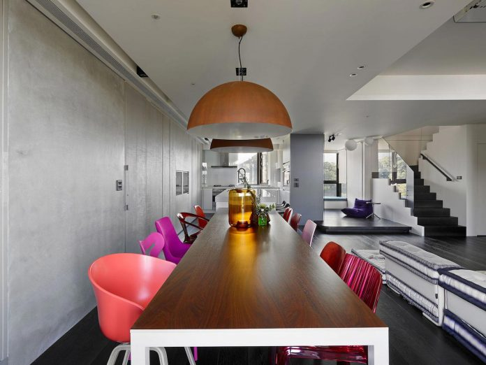modern-penthouse-situated-11th-floor-high-rise-taipei-08