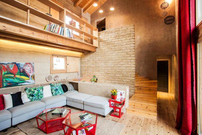 modern-rammed-earth-house-winner-international-prize-contemporary-earthen-architectures-terra-award-2016-07