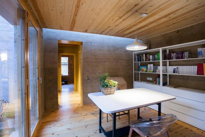 modern-rammed-earth-house-winner-international-prize-contemporary-earthen-architectures-terra-award-2016-09