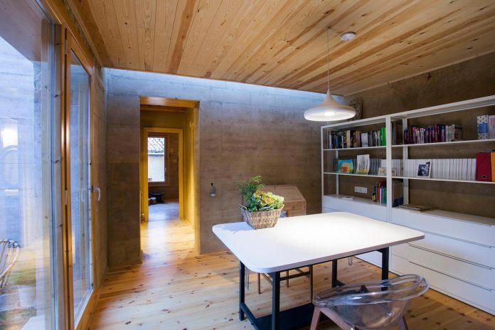 modern-rammed-earth-house-winner-international-prize-contemporary-earthen-architectures-terra-award-2016-09