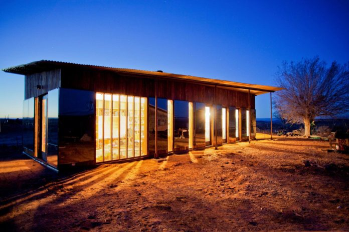 nakai-residence-middle-desert-constructed-lorraine-nakai-13