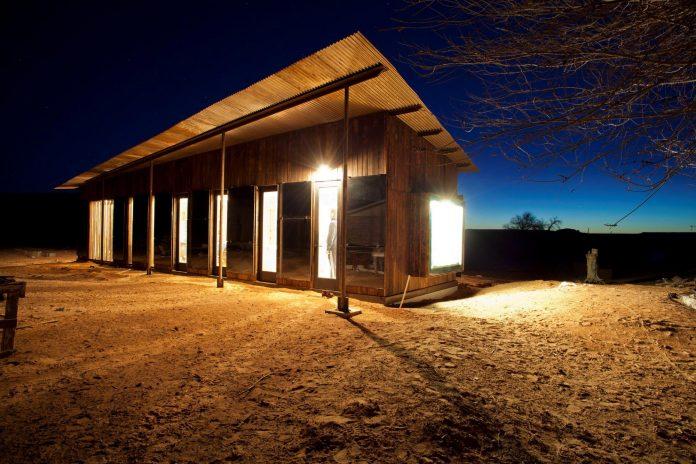 nakai-residence-middle-desert-constructed-lorraine-nakai-15