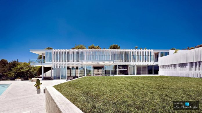 oberfeld-luxury-residence-clean-modern-10000-square-foot-home-emerges-containing-two-main-floors-03