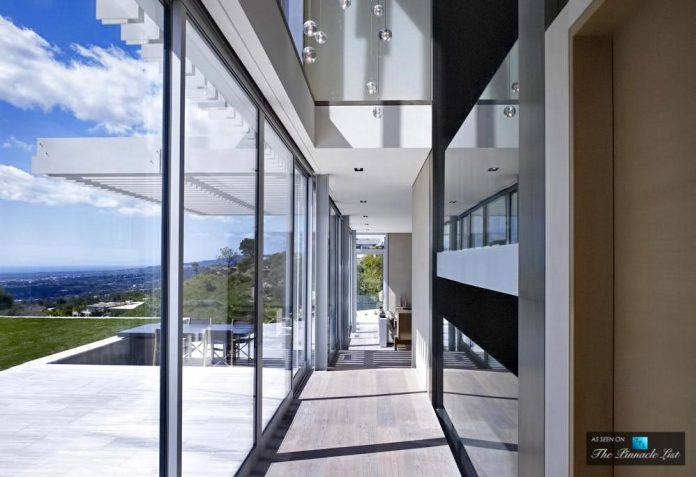 oberfeld-luxury-residence-clean-modern-10000-square-foot-home-emerges-containing-two-main-floors-17