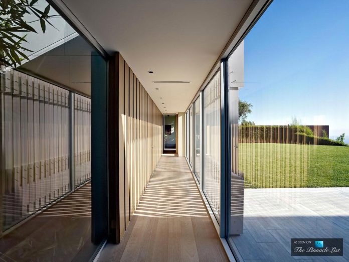 oberfeld-luxury-residence-clean-modern-10000-square-foot-home-emerges-containing-two-main-floors-24