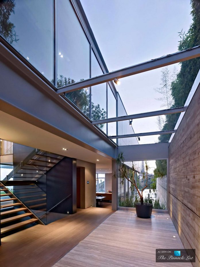 oberfeld-luxury-residence-clean-modern-10000-square-foot-home-emerges-containing-two-main-floors-29