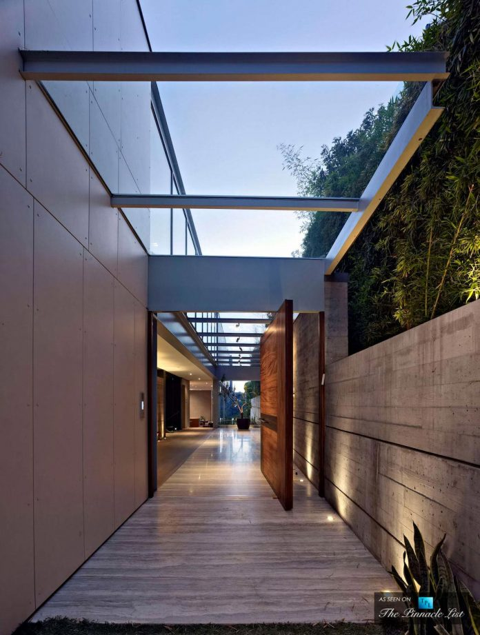 oberfeld-luxury-residence-clean-modern-10000-square-foot-home-emerges-containing-two-main-floors-30