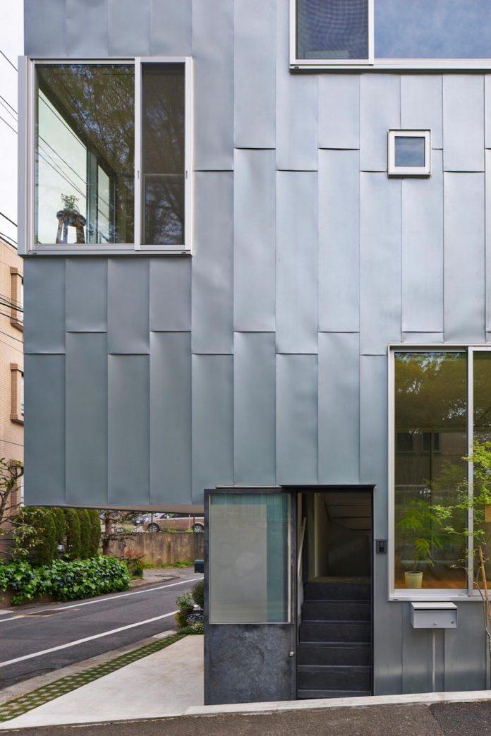 ondo-house-cafe-3-floors-basement-roof-terrace-faces-one-famous-parks-tokyo-03