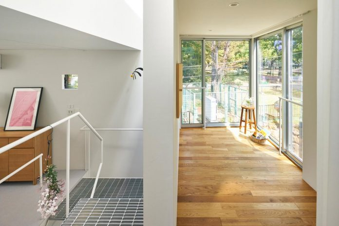 ondo-house-cafe-3-floors-basement-roof-terrace-faces-one-famous-parks-tokyo-09