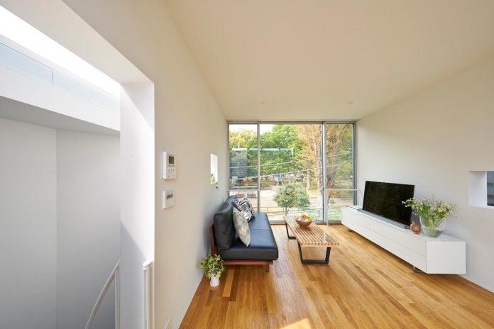 ondo-house-cafe-3-floors-basement-roof-terrace-faces-one-famous-parks-tokyo-12