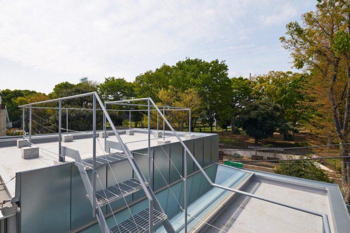 ondo-house-cafe-3-floors-basement-roof-terrace-faces-one-famous-parks-tokyo-13