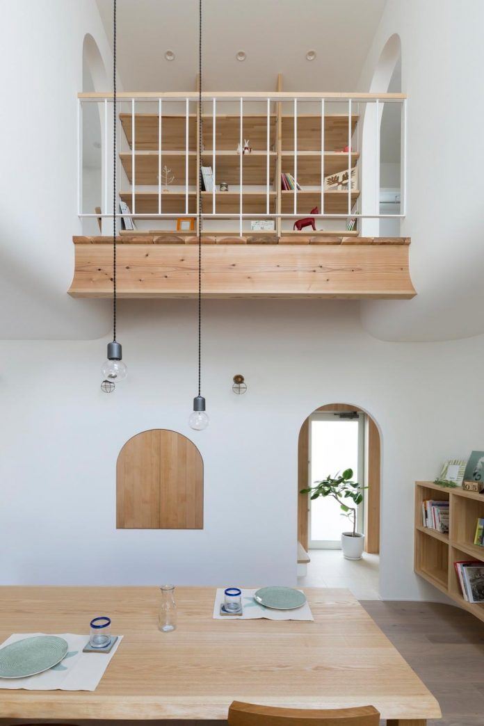 otsu-house-alts-design-office-comfy-house-welcoming-atmosphere-lots-light-09