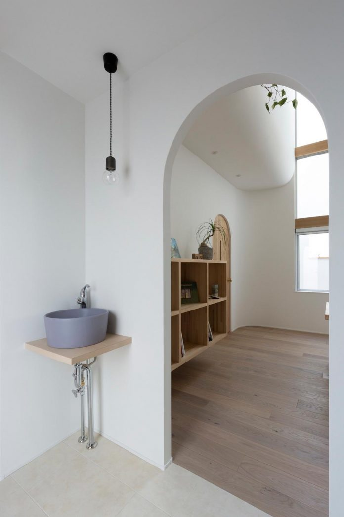otsu-house-alts-design-office-comfy-house-welcoming-atmosphere-lots-light-12