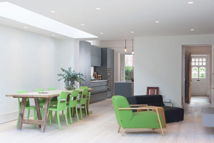 pg-residence-red-brick-detached-property-london-contemporary-interior-look-design-03