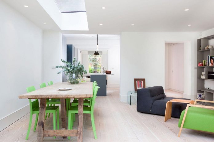 pg-residence-red-brick-detached-property-london-contemporary-interior-look-design-04