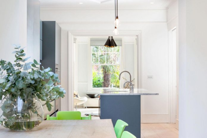 pg-residence-red-brick-detached-property-london-contemporary-interior-look-design-05