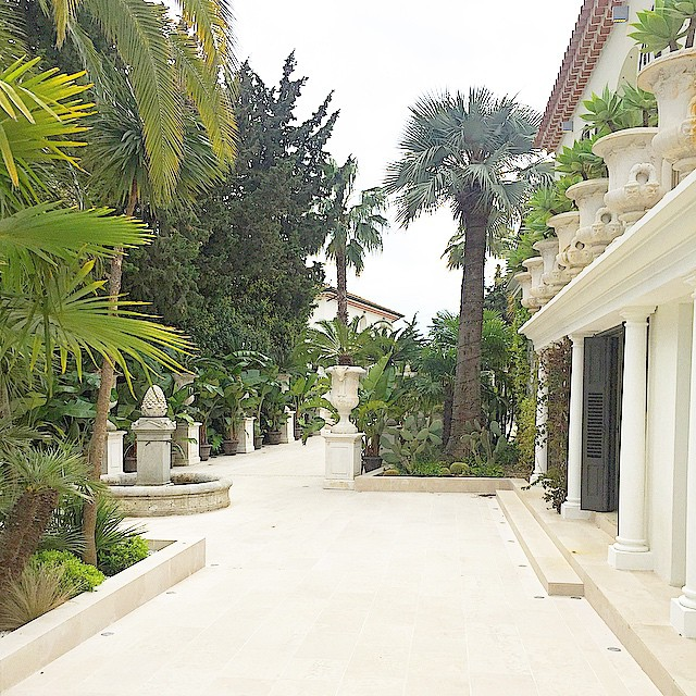 philipp-pleins-la-jungle-du-roi-opulent-two-villa-cannes-05