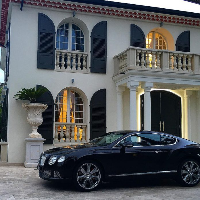 philipp-pleins-la-jungle-du-roi-opulent-two-villa-cannes-06