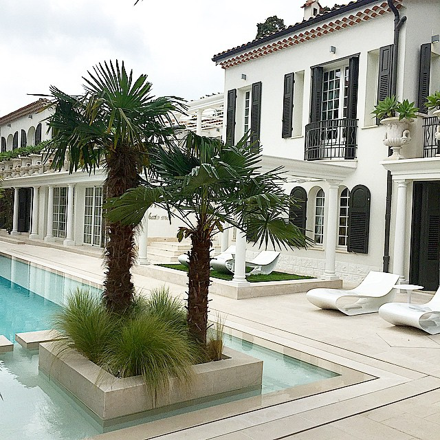 philipp-pleins-la-jungle-du-roi-opulent-two-villa-cannes-07