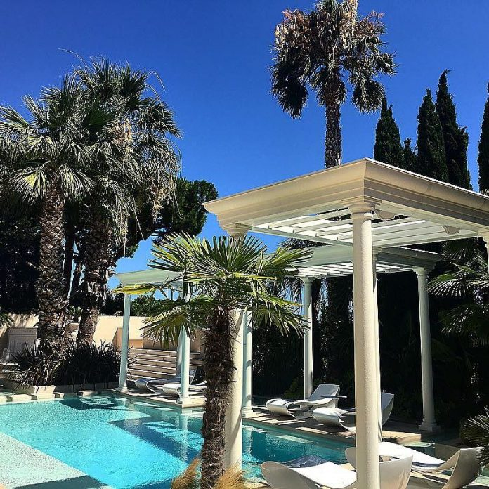 philipp-pleins-la-jungle-du-roi-opulent-two-villa-cannes-18