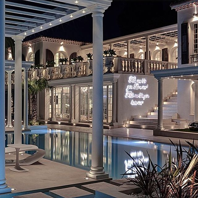 philipp-pleins-la-jungle-du-roi-opulent-two-villa-cannes-24
