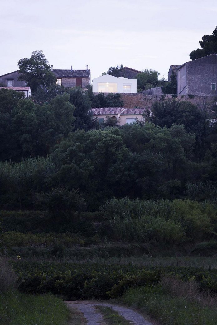 quiet-house-located-tiny-plot-land-gorgeous-view-herault-valley-18