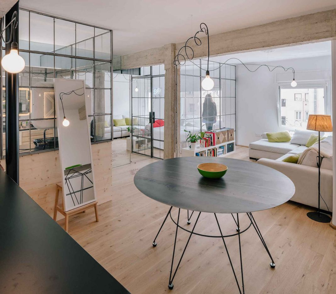 Refurbishment Parais@ apartment located where the sun sets in Madrid