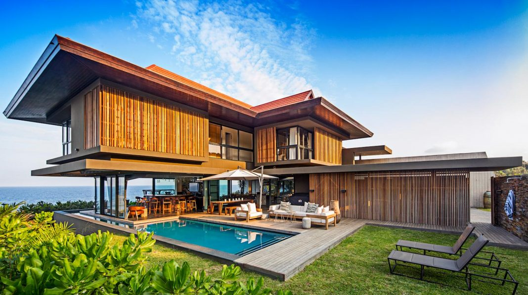 The Reserve House with a wide ocean frontage, taking full advantage of the panoramic beach and sea views