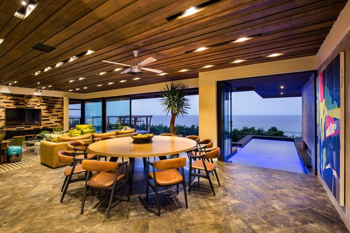 reserve-house-wide-ocean-frontage-taking-full-advantage-panoramic-beach-sea-views-18