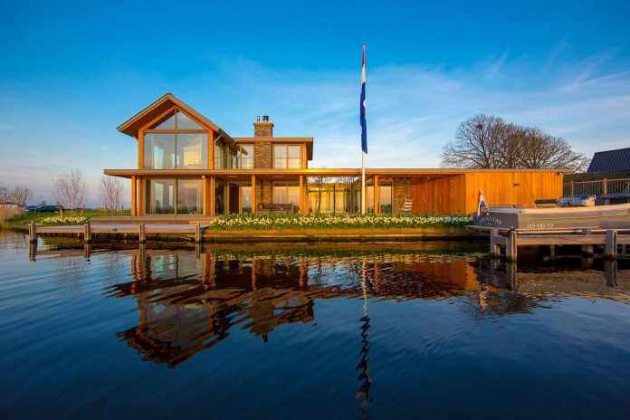 residence-build-compact-plot-waters-edge-kaag-rijpwetering-netherlands-02