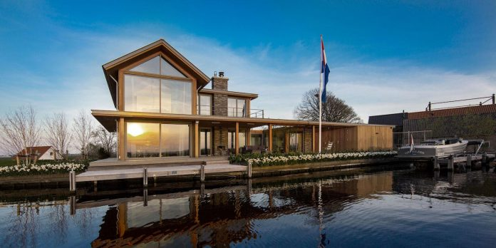 residence-build-compact-plot-waters-edge-kaag-rijpwetering-netherlands-03