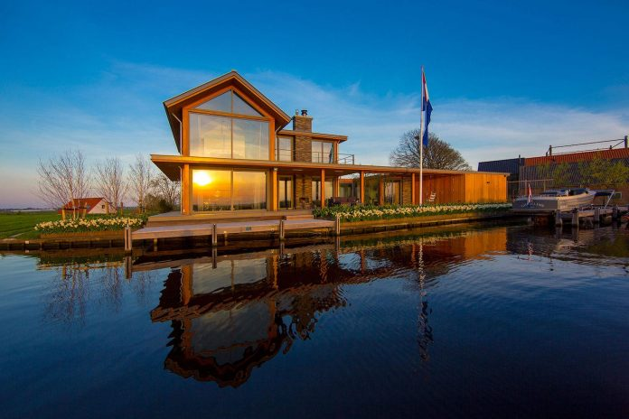 residence-build-compact-plot-waters-edge-kaag-rijpwetering-netherlands-04