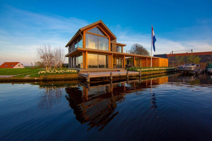 residence-build-compact-plot-waters-edge-kaag-rijpwetering-netherlands-05
