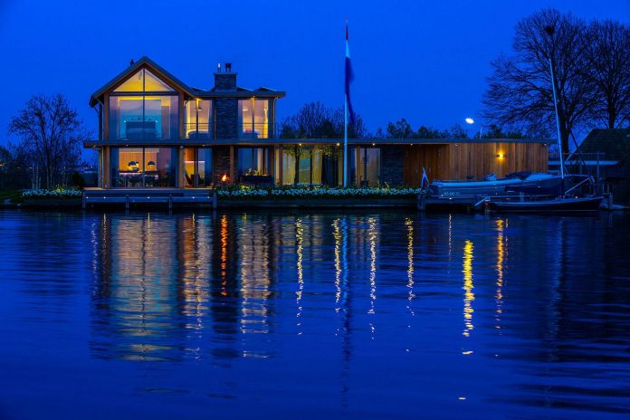 residence-build-compact-plot-waters-edge-kaag-rijpwetering-netherlands-17