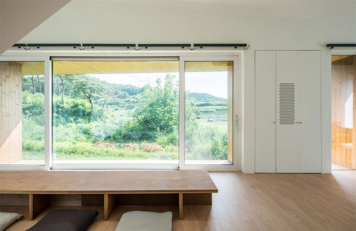 shear-house-single-family-house-korea-seeks-simple-treatment-pitched-roof-typology-improves-environmental-qualities-12