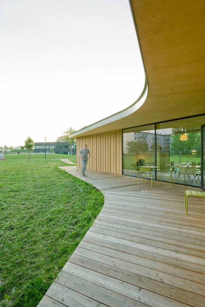 small-scale-low-budget-tea-house-tuin-van-noord-project-01