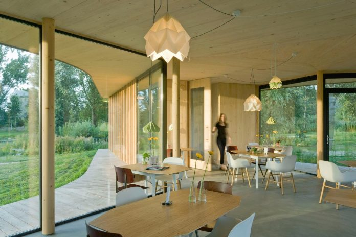 small-scale-low-budget-tea-house-tuin-van-noord-project-05