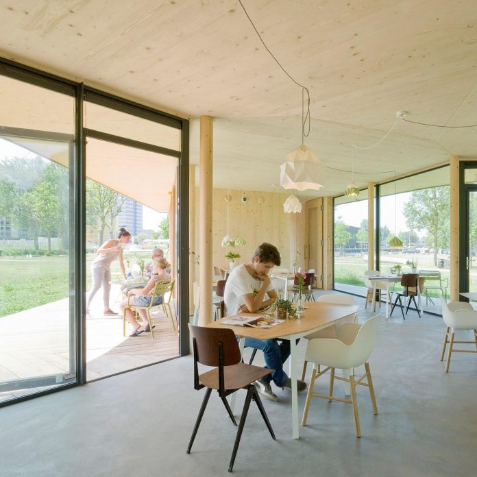 small-scale-low-budget-tea-house-tuin-van-noord-project-07
