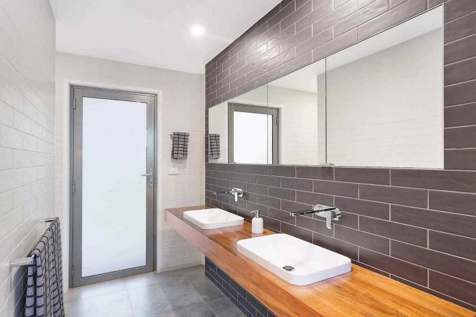 tathra-residence-maximises-magnificent-ocean-views-also-highly-energy-efficient-15