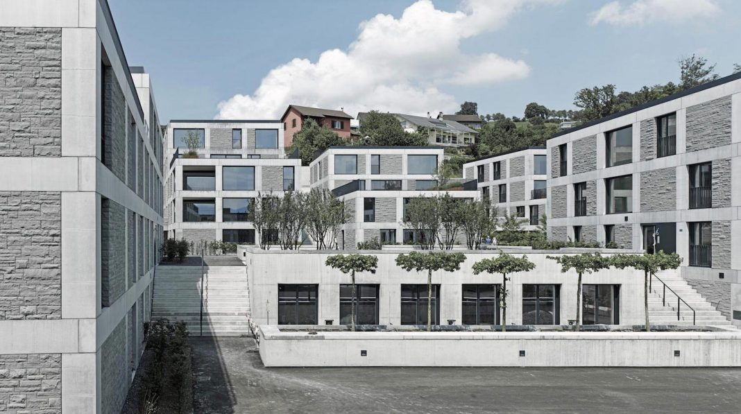 Ten contemporary houses with 34 freehold flats and up to eight commercial units were built near the Lake Zurich