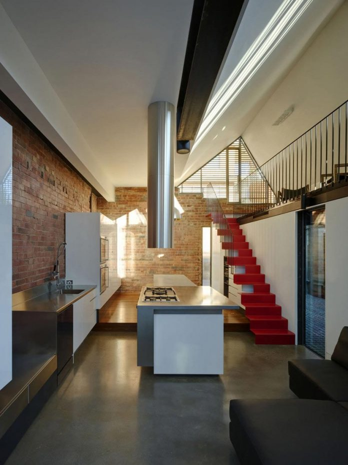vader-house-victorian-terrace-features-modern-framed-steel-skeleton-extension-13