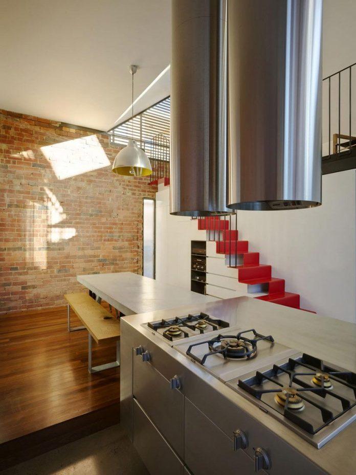 vader-house-victorian-terrace-features-modern-framed-steel-skeleton-extension-14