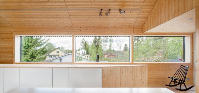 wooden-building-situated-traditional-residential-area-kivistonmaki-built-architects-family-16