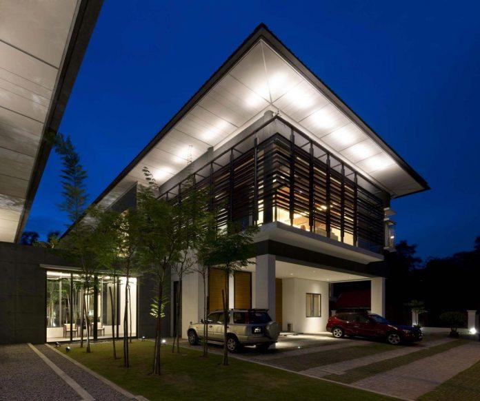 zeta-house-situated-outskirts-kuala-lumpur-40000-sf-plot-land-adjacent-communal-park-20