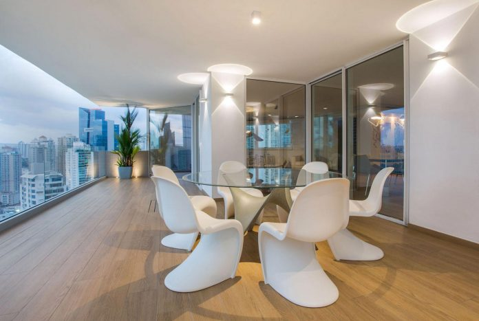 adapt-30-years-old-apartment-panama-city-demands-contemporary-life-17