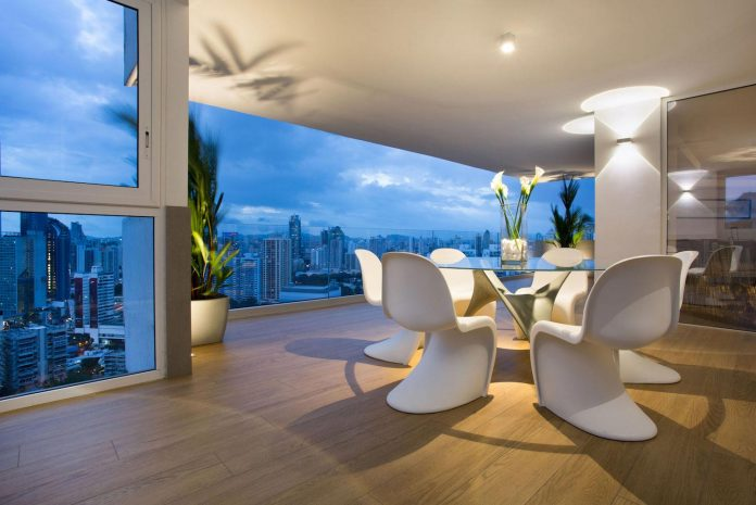 adapt-30-years-old-apartment-panama-city-demands-contemporary-life-18