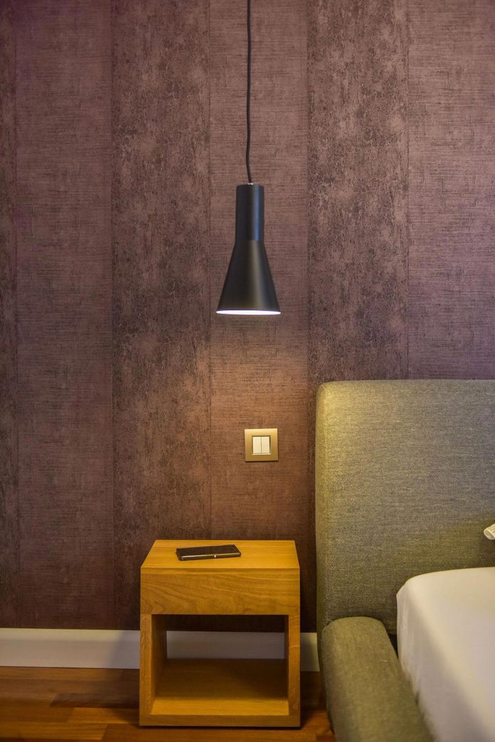 apartment-z-provides-space-comfortable-cosy-warm-without-compromising-design-21